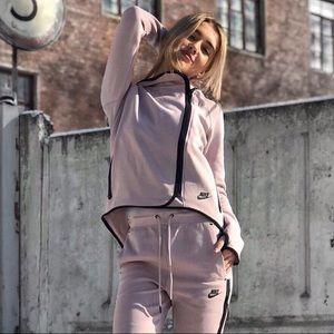Nike Tech Fleece Particle Rose Cape Hoodie